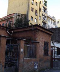 Modi di abitare alla Marranella: edilizia spontanea, vita sociale e presa in cura della strada