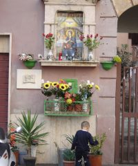 Edicola sacra della Madonna del Divino Amore